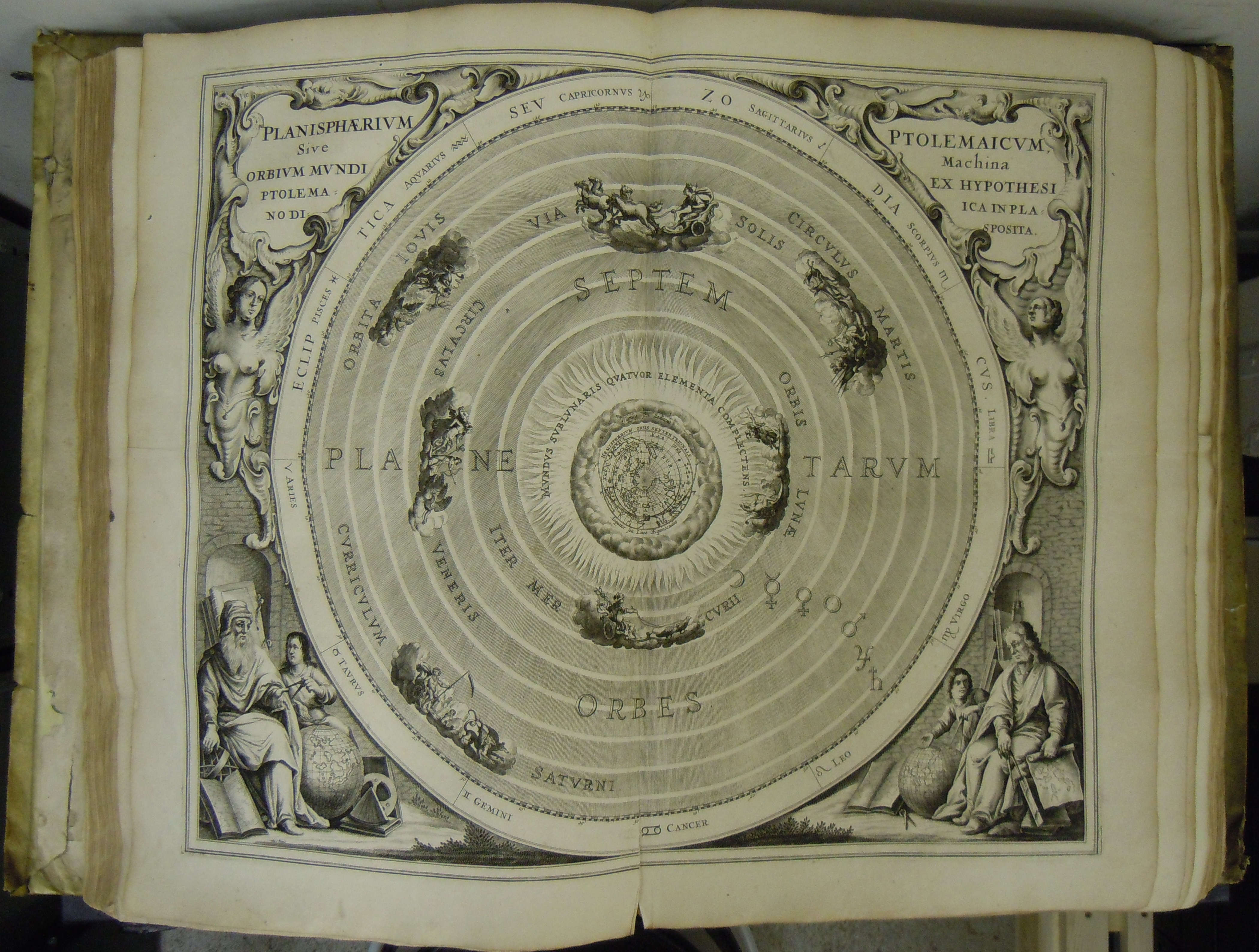 BT1.32.8, between p.8-9 of second sequence, Andreas Celarius' Harmonia macrocosmica, 1560