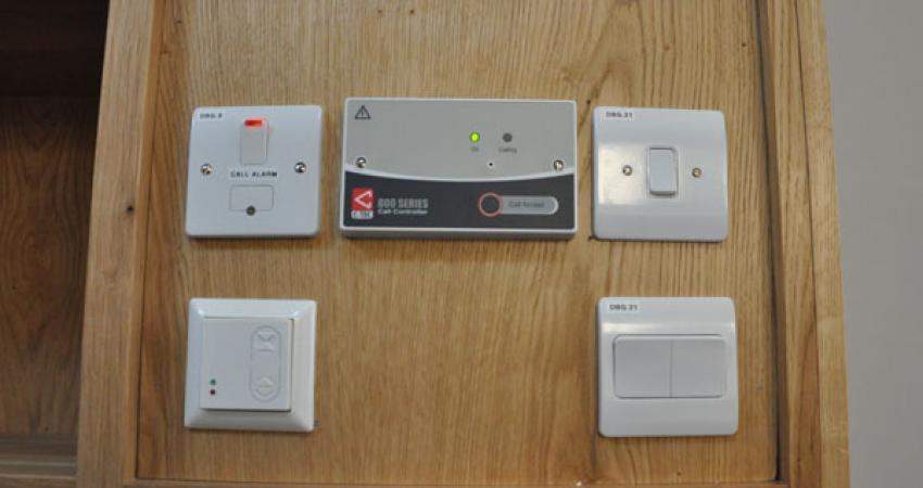 Switches panel for accessible access to doors and windows